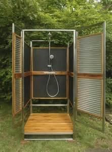 outdoor dusche gartendusche sichtschutz ideen f 252 r die outdoor dusche