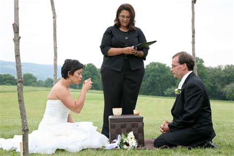 Real Wedding   Mona & Tom   PreOwned Wedding Dresses
