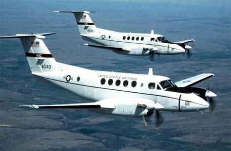 c 12f huron aircraft