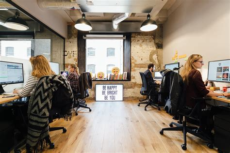 We Office by Inside Wework S Trendy Coworking Space In Devonshire