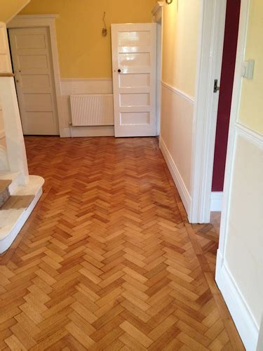 Treatex Hardwax Oil on Oak Block Flooring, Hallway.   Bath