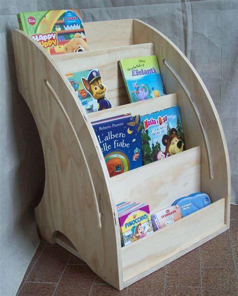 mobili librerie per bambini libreria montessoriana da parete librerie