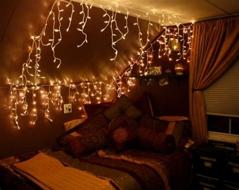 bedroom christmas lights icicle christmas lights bedroom 1000 ideas about icicle