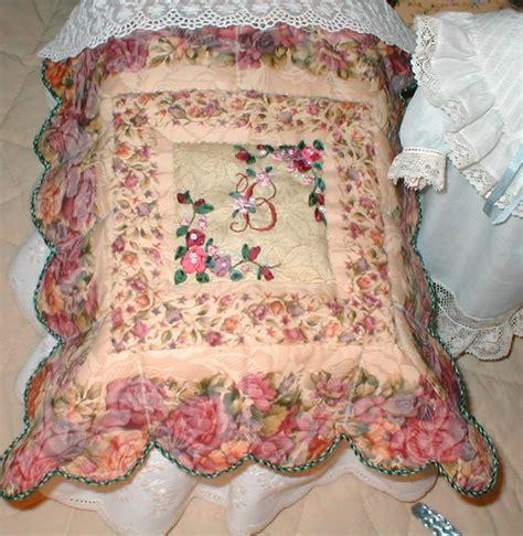 Cracker Barrel Quilts by Quilt Made For The Cracker Barrel Trunk Murphy Bed