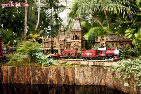 Puglia Garden City Ny by New York Botanical Garden E Show Foto