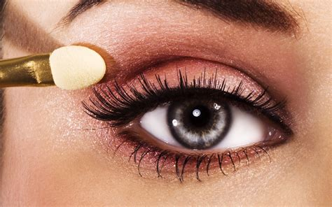 Eyeliner My make yourself look more effective with these eye makeup tips