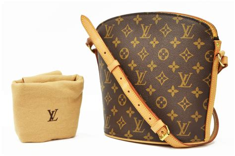 louis vuitton monogram canvas drouot crossbody bag