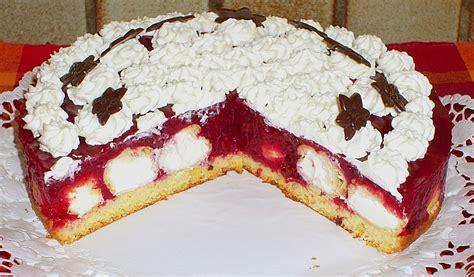 rote grütze kuchen rezept rote gr 252 tze torte gef 252 llt mit mini windbeutel