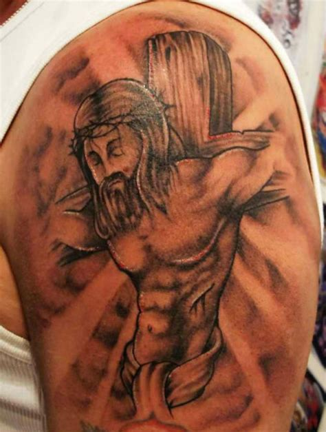christian tattoo pictures jesus on a cross religious tattoo design of