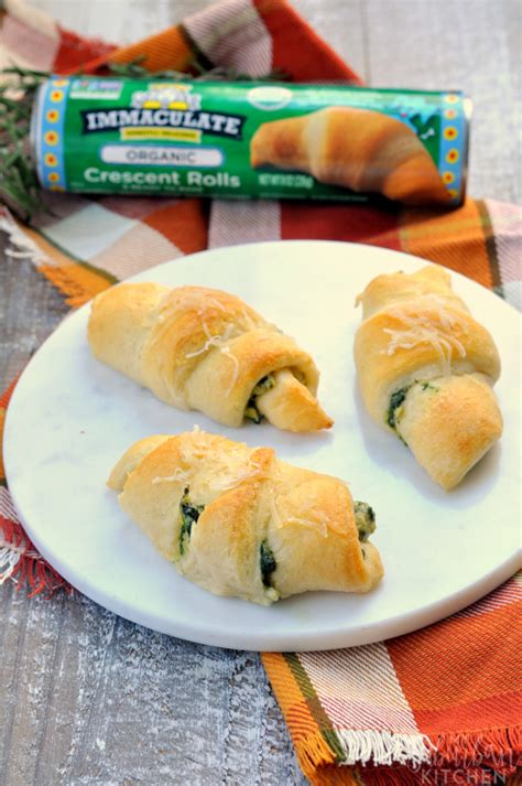 cresent roll christmas tree with spinach spinach artichoke crescent rolls an immaculate appetizer my suburban kitchen