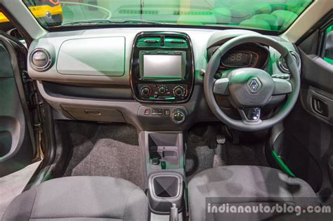 kwid renault interior renault kwid 1 0 amt interior at the auto expo 2016