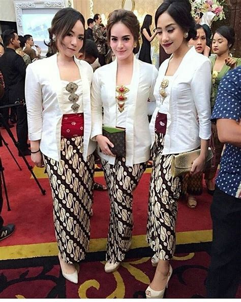 model kutubaru anak best 25 kebaya modern dress ideas on pinterest model