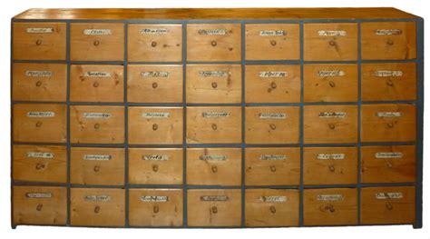 cassettiere antiche credenza cassettiera in abete antichit 195 missaglia