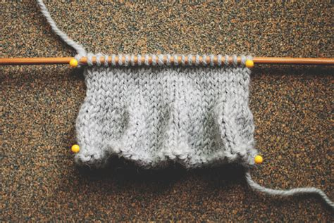 how to finish a knitted blanket 5 knitting edges you should