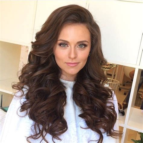 down hairstyles for everyday 726 best curly hair all day everyday images on pinterest