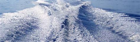 pontoon boat rental minocqua wi waves2 minocqua lakeside boat and pontoon rentals