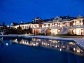 House Types In Georgia Inside The 14 Million Georgia Mansion Ealuxe Via