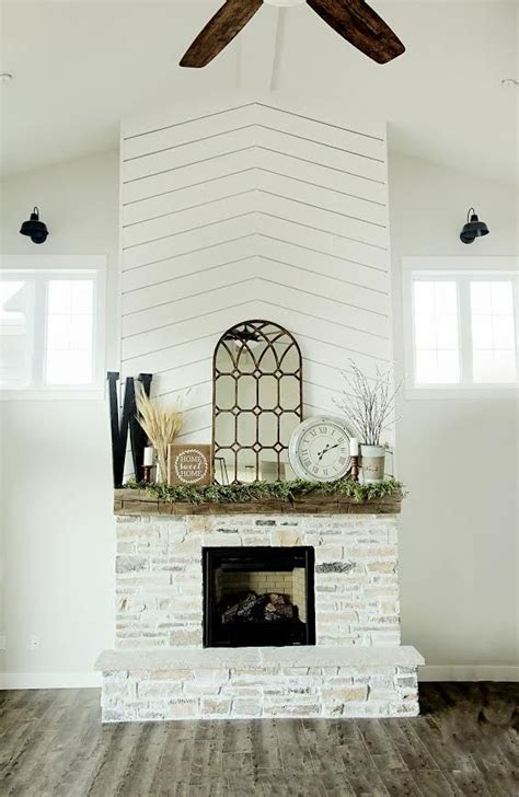 Go To Designer La Rok For At Livenattycom by Best 25 Rustic Fireplace Decor Ideas On