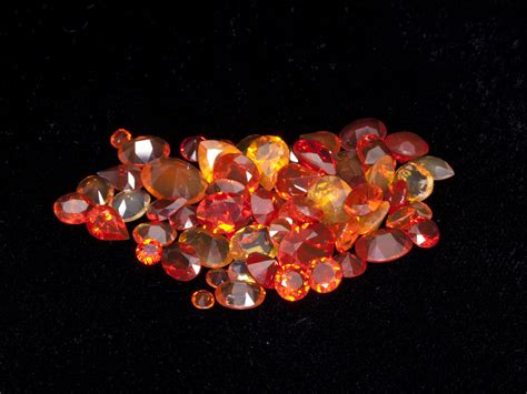 Yellow Opal Mexico 4 6 Ct 21ct faceted mexican jelly opal parcel mol133 gems by