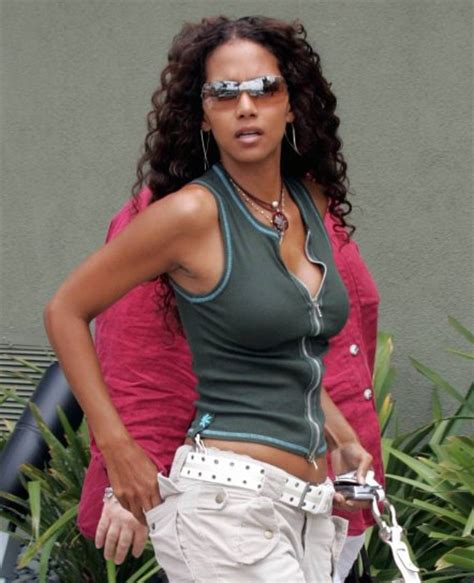 Rude American bartcop s movie hotties halle berry halle berry