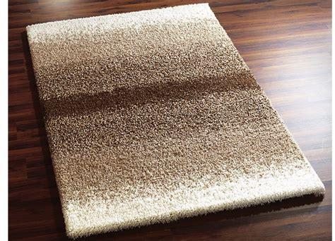kuschelweiche teppiche br 252 cken und teppiche in verschiedenen farben tapijten