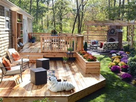 1000 ideas about small backyard decks on