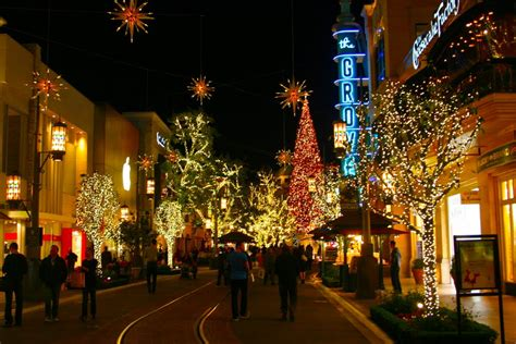panoramio photo of christmas time at the grove los