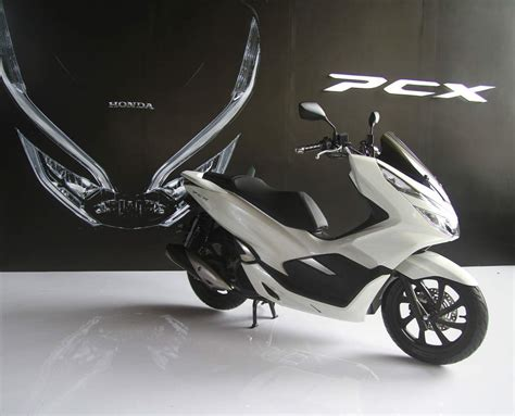 Pcx 2018 Putih Modif by 2018 Honda Pcx 150 New Car Release Date And Review 2018