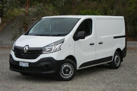 2019 renault trafic renault trafic 2019 review trader carsguide
