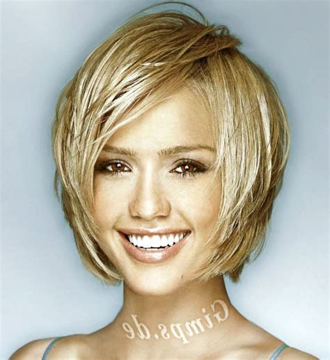 medium haircuts for women with fat faces medium hairstyles for fat round face women