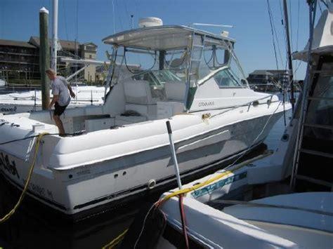 boats like pursuit 2001 stamas 370 express freshwater boat like tiara