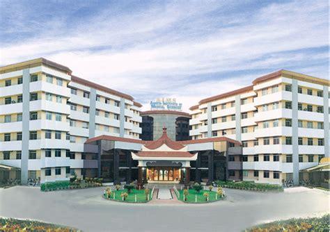 Amrita Mba College Kochi by Amrita Hospital In Cochin Ma Math