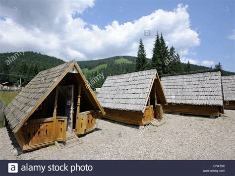 Hut Cottages by Small Cottages Cing Huts Obarsia Lotrului Road