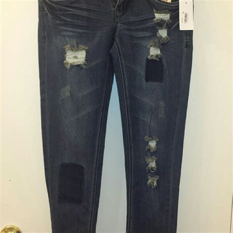 doll house jeans 43 off dollhouse denim dollhouse denim skinny jeans roll up capris from suzzane s