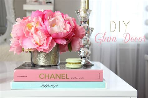 Home Decor Diys by Diy Room Decorations For A Girly Office Makeup Room