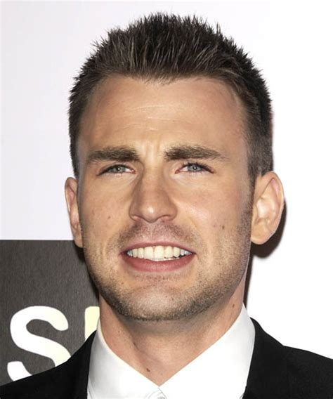 Chris Evans Short Straight Casual Hairstyle