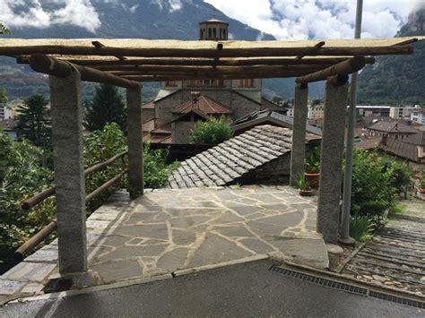 vendita tettoie in legno gazebo in pietra con tettoia in legno