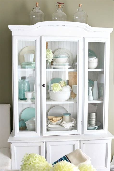 Decorating China Cabinet Ideas by Best 25 White China Cabinets Ideas On