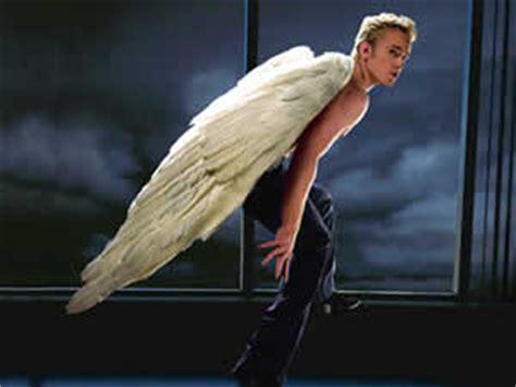 anjo estara de volta em  men apocalypse jornal  palco