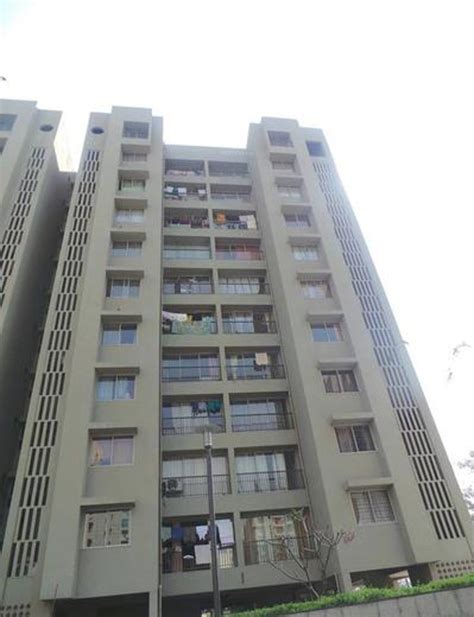 krimson buying house karuna krimson aurum in santacruz west mumbai price