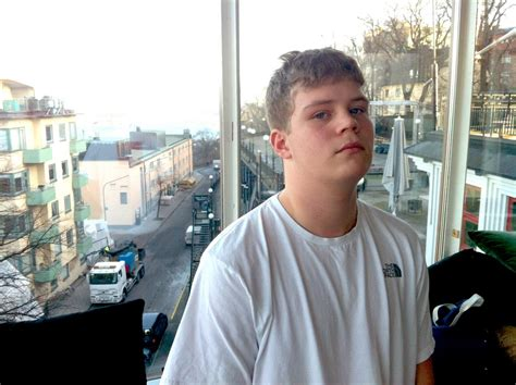 yung lean tattoo yung lean 2018 haircut beard weight measurements