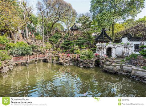 shanghai garden niagara falls yuyuan garden shanghai china stock images image 30675114