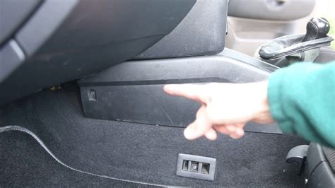 how to repair center console 2000 daewoo nubira service manual removing the center console on a 2000