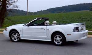 2003 Ford Mustang Convertible Oxford White 2003 Ford Mustang Convertible