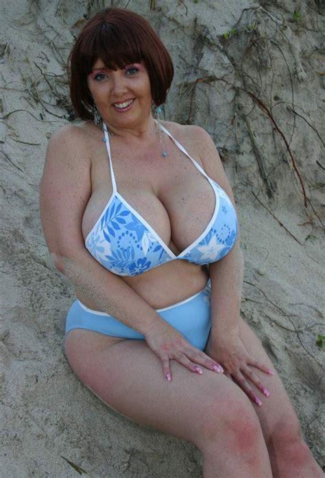 big boobs in batman low cut top busty shots flowered bikini busty mature women pinterest beach