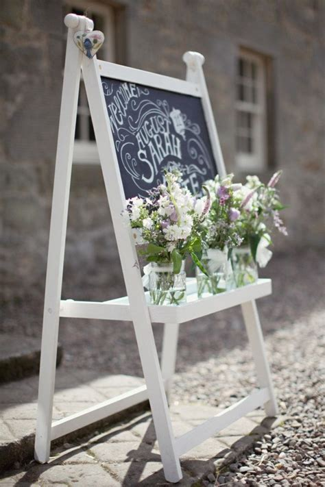 25  best ideas about Chalkboard Easel on Pinterest