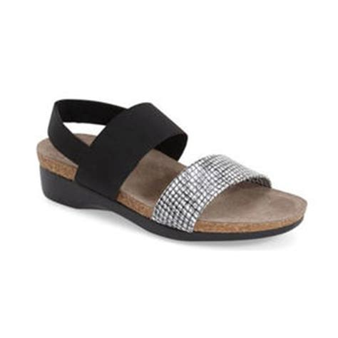 most comfortable wedges for walking 8 stylish comfortable sandals for walking all day