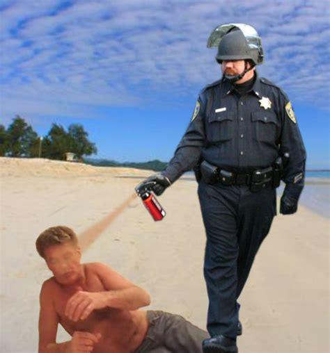 Pepper Spray Meme - awesome pepper spraying cop memes 45 pics 1 gif