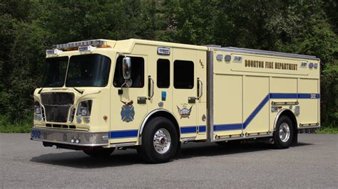 new jersey rescue new heavy rescue built by rescue 1 added to boonton nj dept s fleet