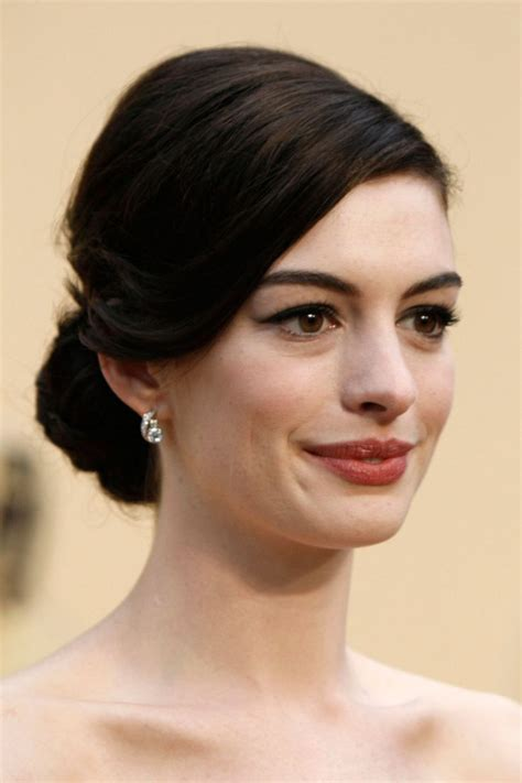 Low Hairstyles by Hairstyles Chignons Low Buns Pictures